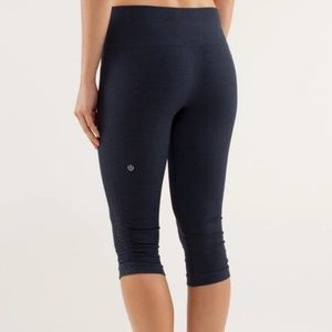 Lululemon In The Flow Crop Heathered Coal Sz 2